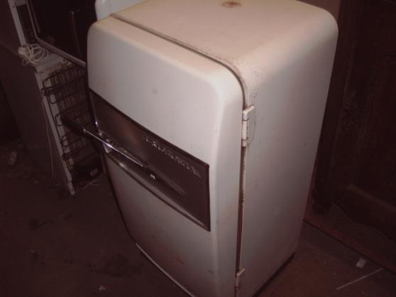 Annonce occasion, vente ou achat 'échange Ancien réfrigérateur, frigo'