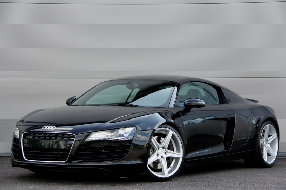 Audi R8 4.2FSI / V8 / 420HK/R-TRONIC