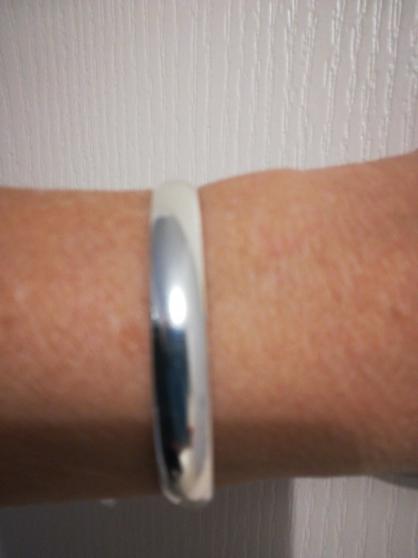 bracelet - Annonce gratuite marche.fr