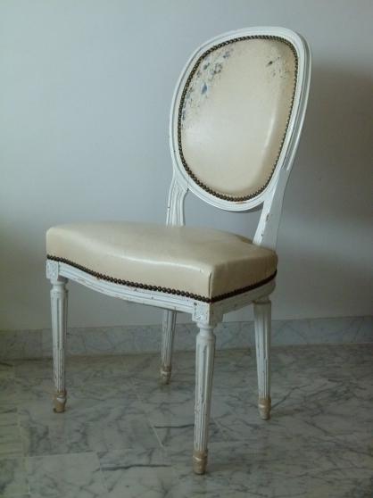 chaises à médaillon