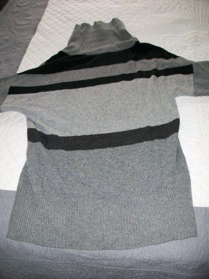 pull gris et blanc - col large - 42 -