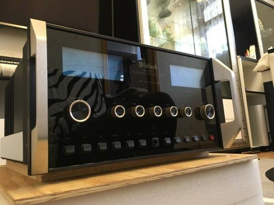 Amplificateur intégré McIntosh MA-7000