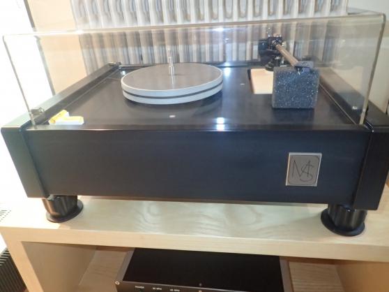 Merill-Scillia turntable-Breuer Tonearm