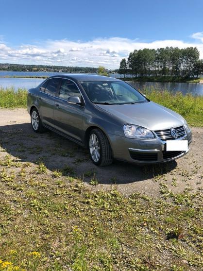 Volkswagen Jetta 1.6-102
