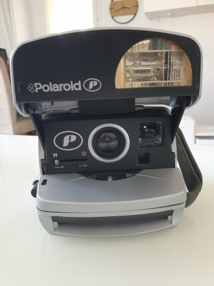 Polaroïd 600 + Film fourni - dans boite - Photo 2