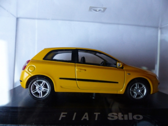 Annonce occasion, vente ou achat 'FIAT STILO miniature NOREV 1/43ème'