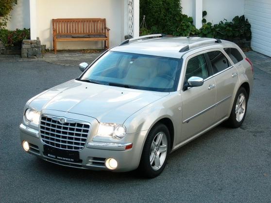 Chrysler 300C CRD 3,0 km Stv 2008