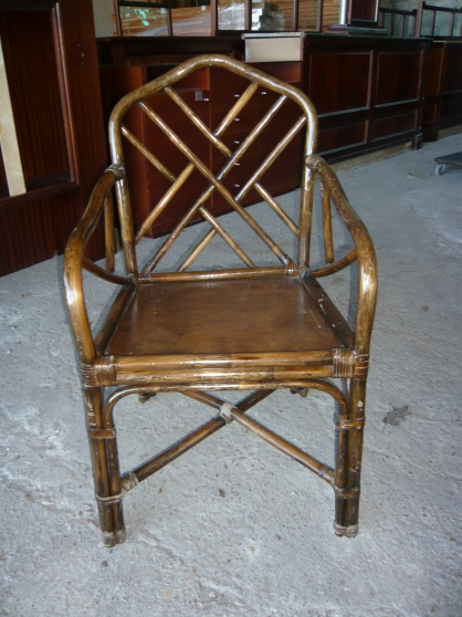 90 chaises 30 fauteuils h tellerie mobilier bourg en bresse reference h t mob 90 petite. Black Bedroom Furniture Sets. Home Design Ideas