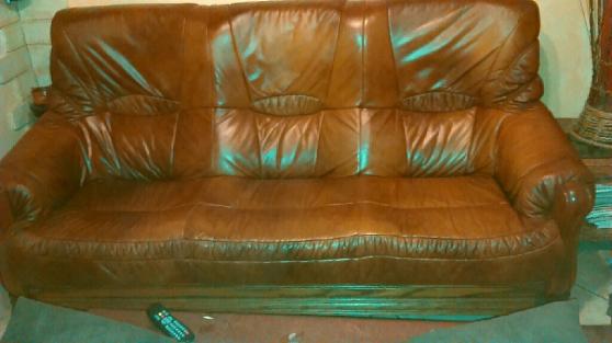 canap cuir marron bois ch ne. Black Bedroom Furniture Sets. Home Design Ideas