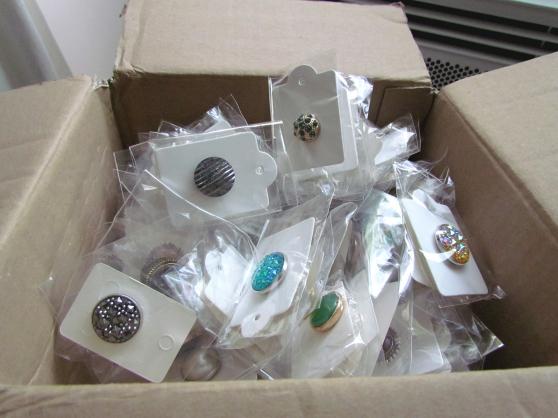 Lots accessoires pour foulards châles - Photo 3