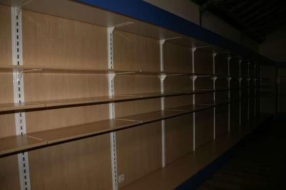 mobilier complet pour magasin 200m²