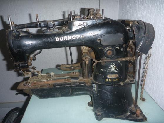 Machine pose boutons Durkopp