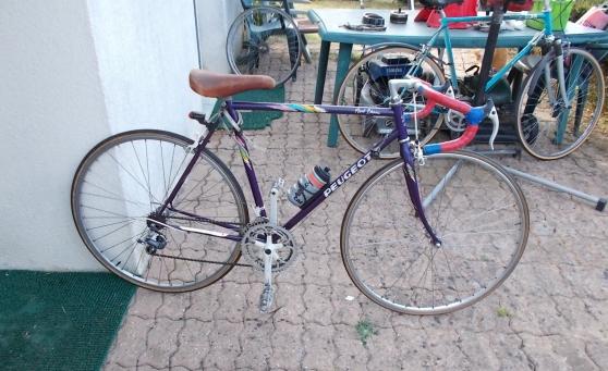 Annonce occasion, vente ou achat 'vélo de course pro peugeot vintage 54 cm'