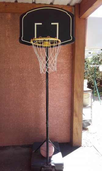 panier de basket sur pied - Annonce gratuite marche.fr