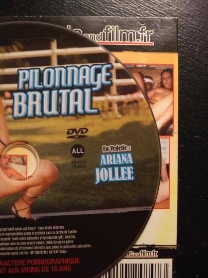 Donne 1 DVD X adulte