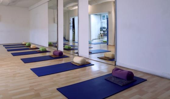 Cours de yoga paris11e - Photo 2