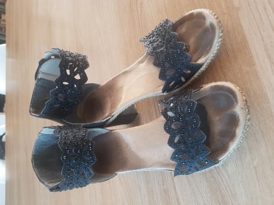 Chaussures a talons portées