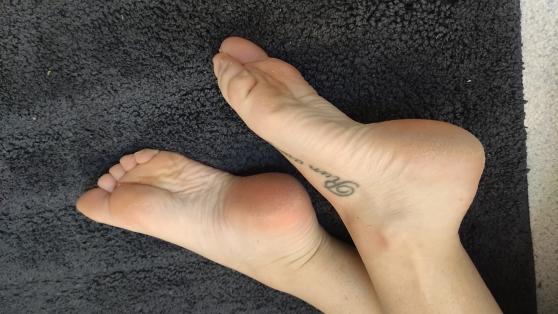 Photos et vidéos de mes pieds en 35 - Photo 3