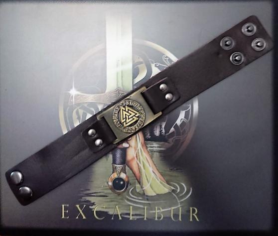 Bracelet Viking marron symbole Valknut.