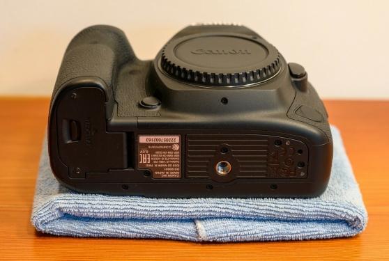 Annonce occasion, vente ou achat 'Canon 5D Mark IV'