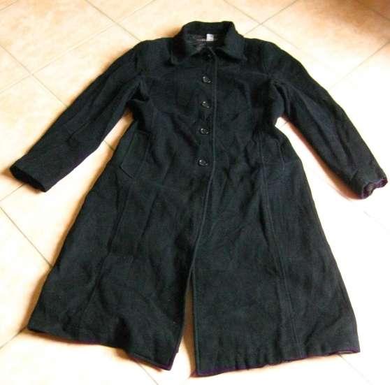 Manteau noir acheté chez Zara, très bon