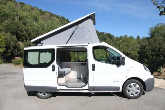 trafic renault am nag camping car caravanes camping car divers caravanes camping car les. Black Bedroom Furniture Sets. Home Design Ideas