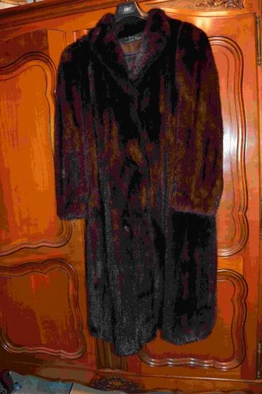 Manteau col fourrure noir homme