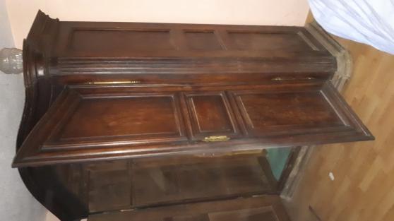 Ancienne armoire en chene massif