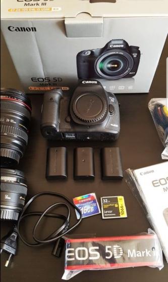 Annonce occasion, vente ou achat 'Appareil photo EOS Canon 5D Mark III'