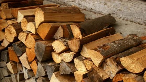 bois de chauffage, sec et bonne qualité