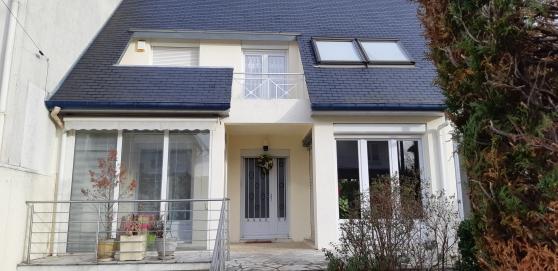 Annonce occasion, vente ou achat 'Maison moderne La Varenne 175m2'
