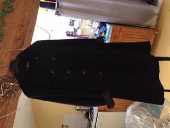 Annonce occasion, vente ou achat 'manteau noire'