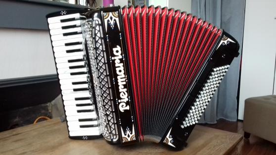 Annonce occasion, vente ou achat 'Accordéon piano'