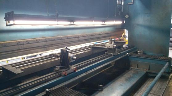 Presse plieuse HACO 6 m x 300 tonnes - Photo 3