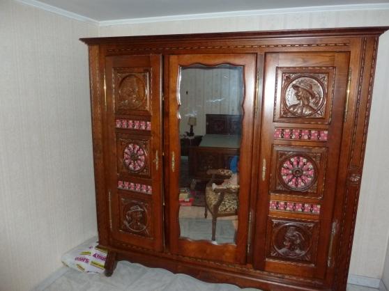 Chambre bretonne antiquit art brocantes meubles anciens orl ans refer - Armoire trois portes coulissantes ...