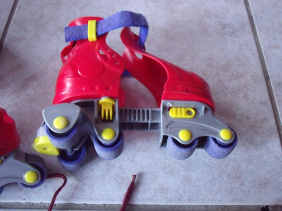 ROLLER fISHER PRICE 2 à 4 ans