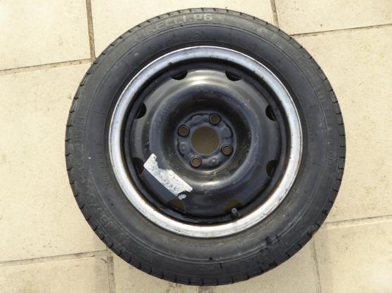 1 pneus Pirelli P6 185 65 R14 85H + jant
