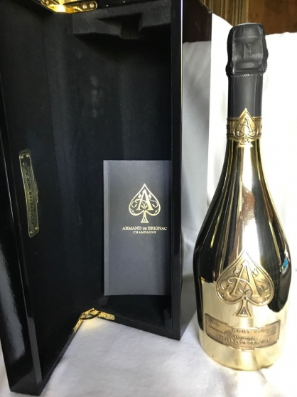 Vend Armand de Brignac Gold 75 cl