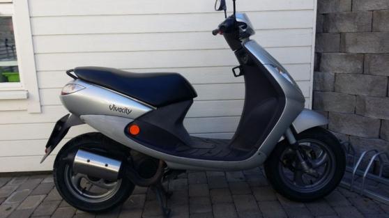 peugeot scooter viacity bourg l s valence moto scooter. Black Bedroom Furniture Sets. Home Design Ideas