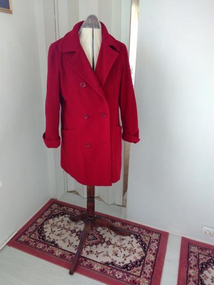manteau tres chaud v tements femme vestes et manteaux villeneuve la guyard reference v t ves. Black Bedroom Furniture Sets. Home Design Ideas