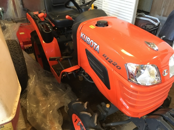 Annonce occasion, vente ou achat 'Micro-tracteur Kubota avec gyro broyeur'