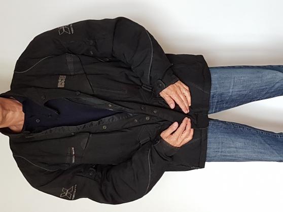 Annonce occasion, vente ou achat 'Veste/ Blousson Moto Noir IXS Taille 4xl'