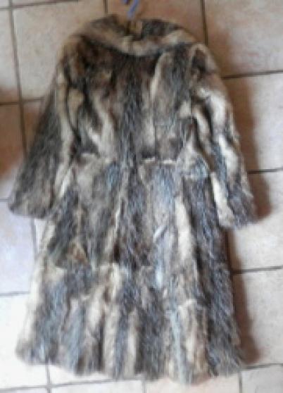 Annonce occasion, vente ou achat 'Manteau en fourrure'