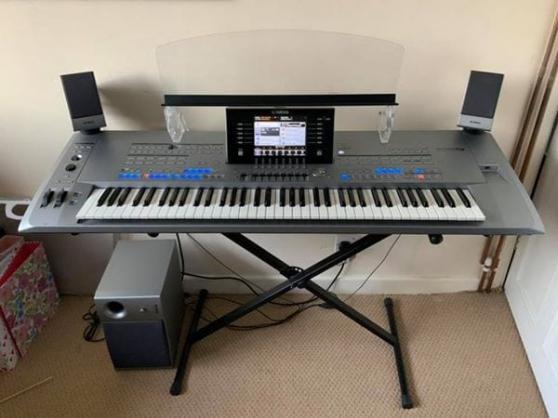 clavier arrangeur yamaha Tyros 5 76 XXL