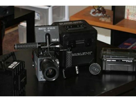 Annonce occasion, vente ou achat 'Digital camera Red Scarlet Mysterium X'