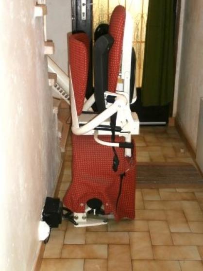 Annonce occasion, vente ou achat 'Fauteuil monte escalier THYSSEN modèle H'