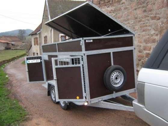 remorque chiens 6 cases et coffre varennes sous dun auto accessoires remorques varennes sous. Black Bedroom Furniture Sets. Home Design Ideas