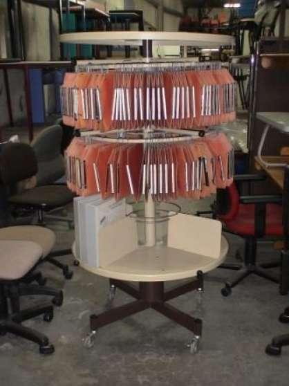 colonne rotative meubles d coration divers meubles d coration bordeaux reference meu div. Black Bedroom Furniture Sets. Home Design Ideas