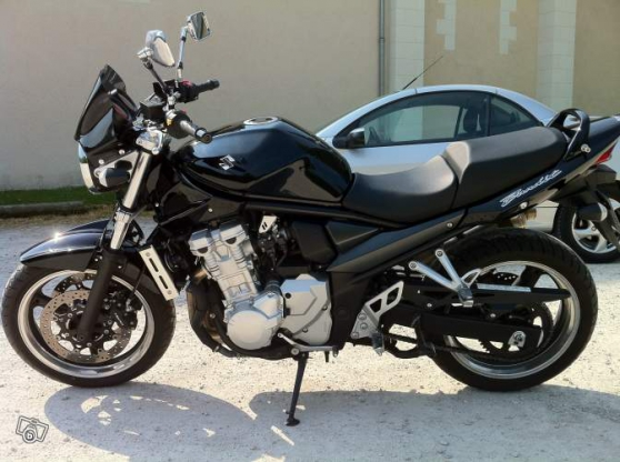 suzuki gsf 650 full black. modèle 2011 - Annonce gratuite marche.fr