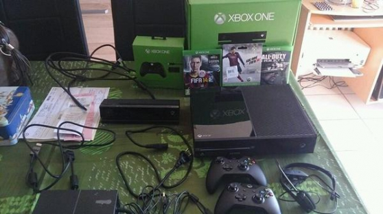 Vend Xbox One 500GB + 2 jeux +2 manettes